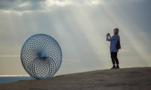 George Andric, sisyphus, Sculpture by the Sea, Bondi 2014. Photo Gareth Carr