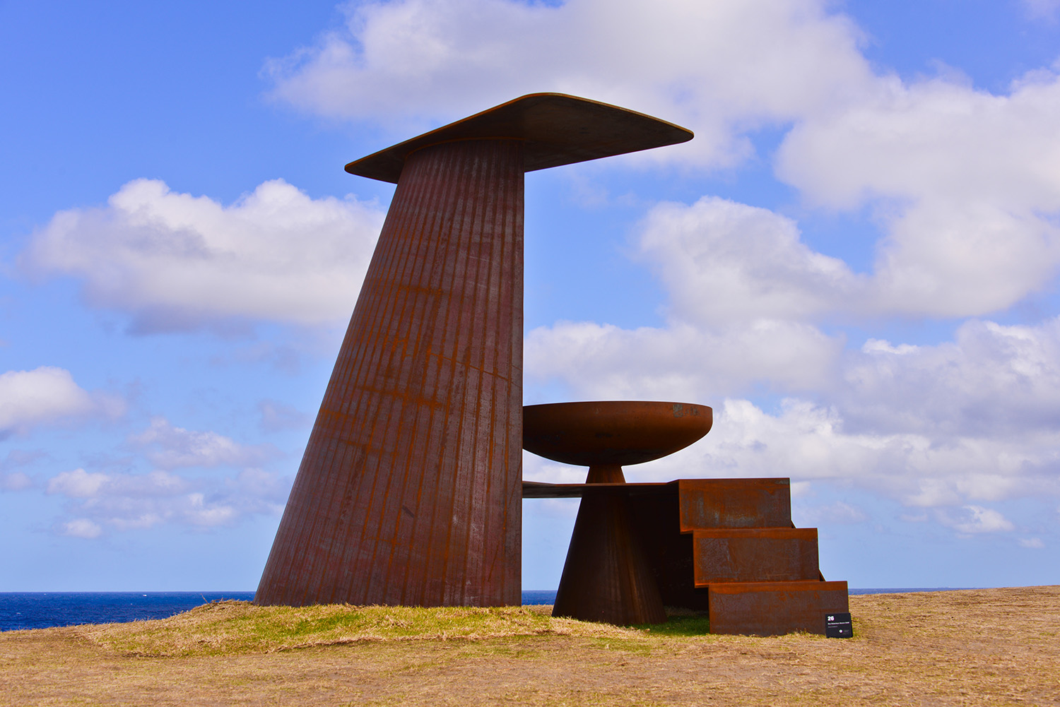 Ron Robertson-Swann, tonys towerII, Sculpture by the Sea, Bondi 2014. Photo Clyde Yee