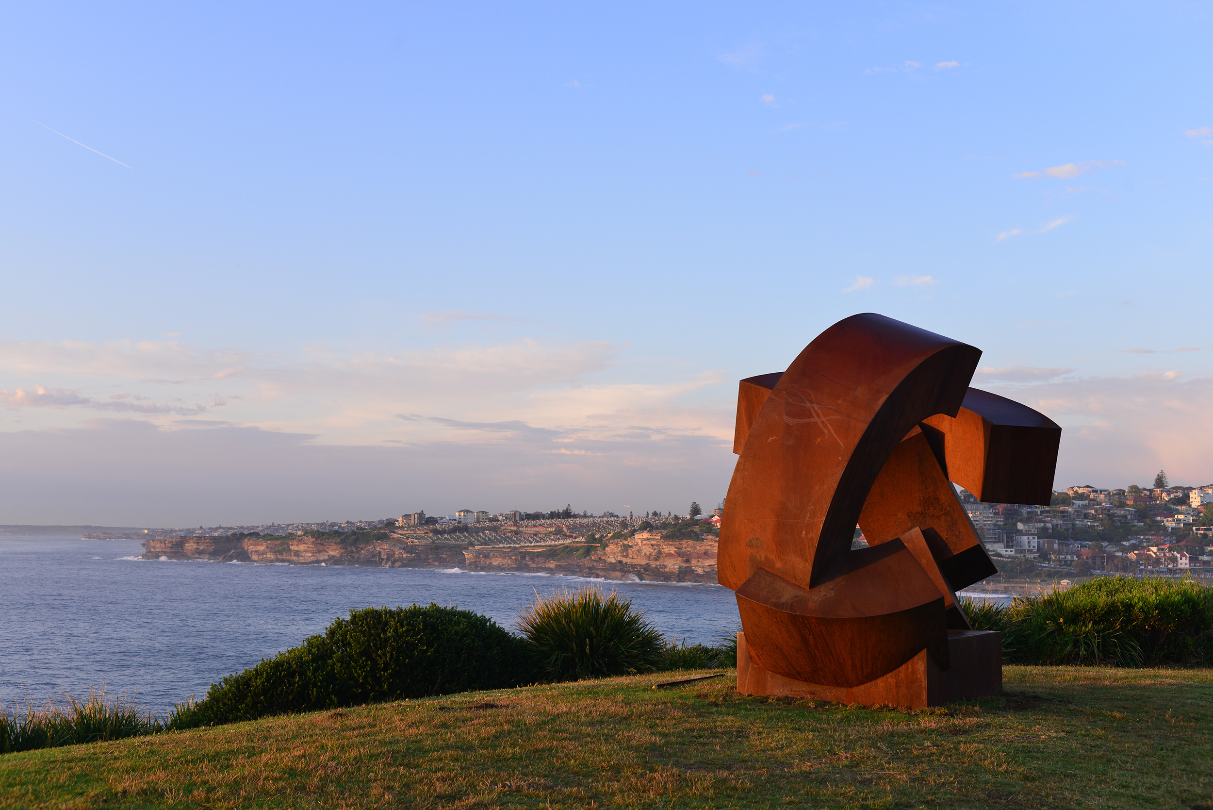 Jörg Plickat (Germany), divided planet, Sculpture by the Sea, Bondi 2015. Photo Clyde Yee