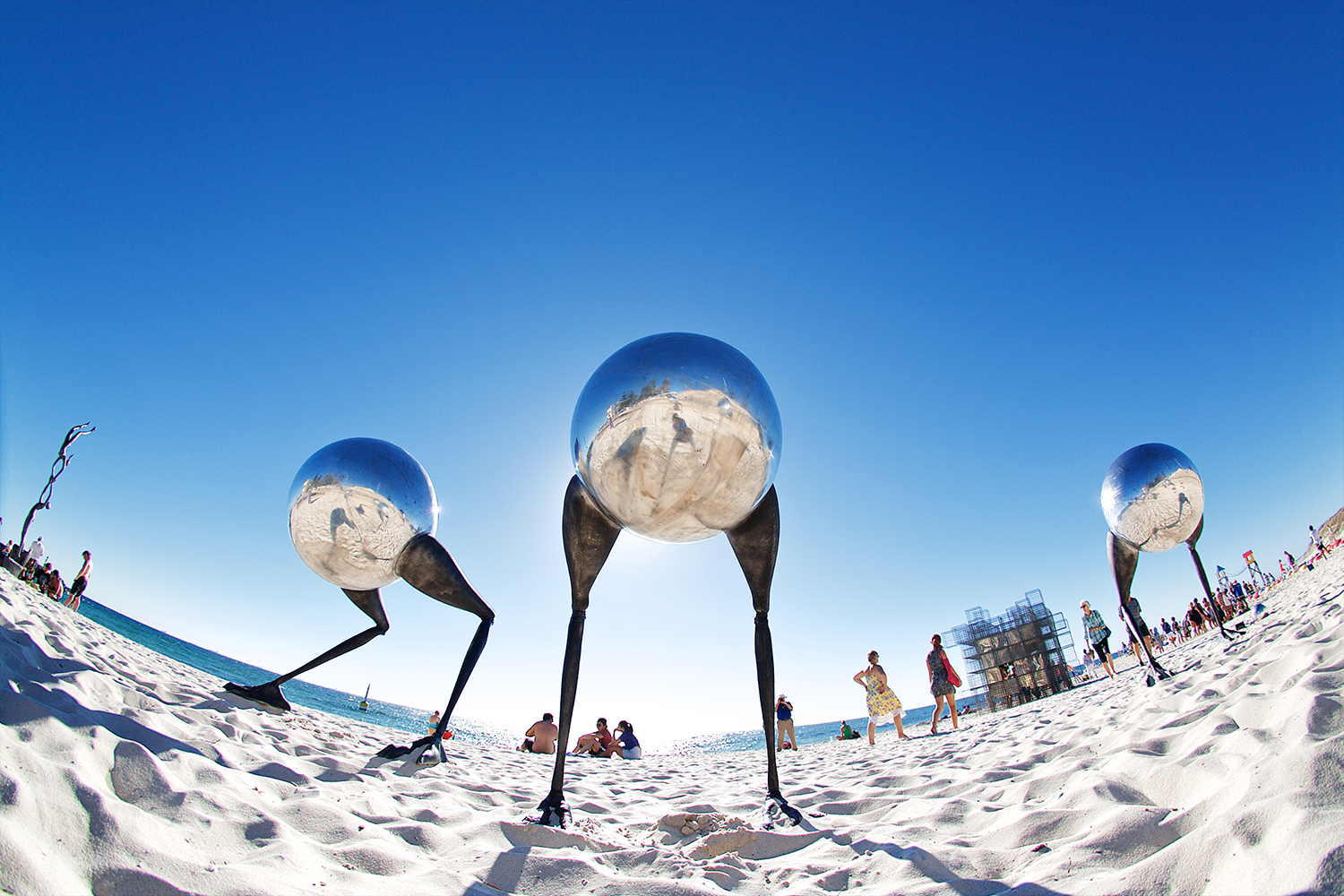Brad Jackson (WA), wanderers conventus, Sculpture by the Sea, Cottesloe 2015. Photo Jarrad Seng.