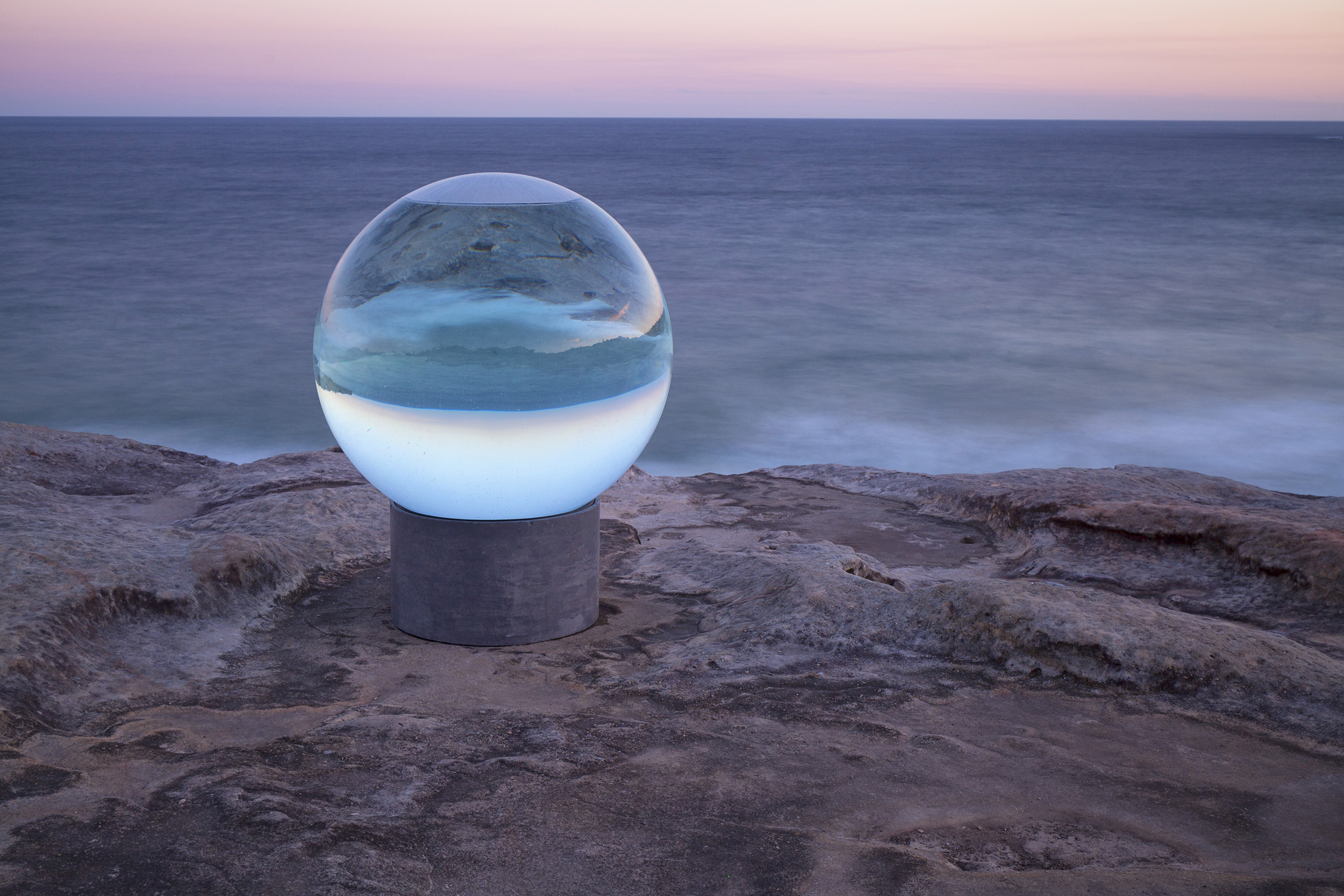Lucy Humphrey, Horizon, Sculpture by the Sea, Bondi 2013. Photo William Patino