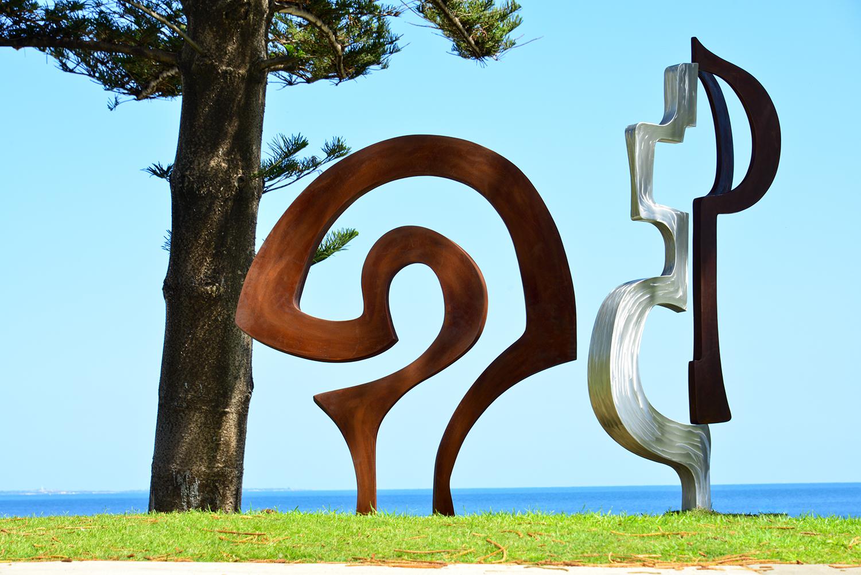 Tim Macfarlane Reid (WA), one door opens, Sculpture by the Sea, Cottesloe 2015. Photo Clyde Yee.
