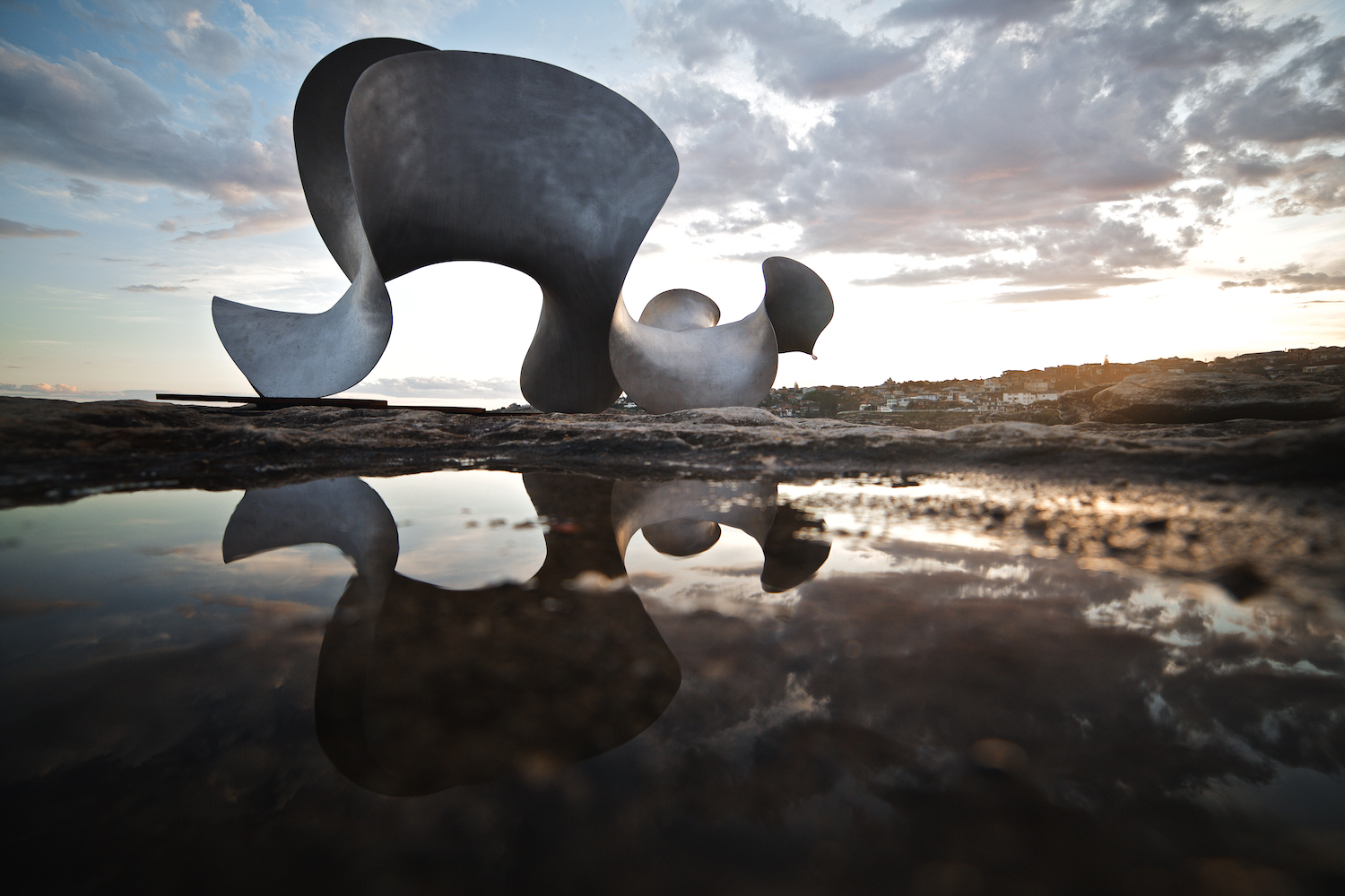 Benjamin Storch, undulation, Sculpture by the Sea, Bondi 2015. Photo by Jarrad Seng