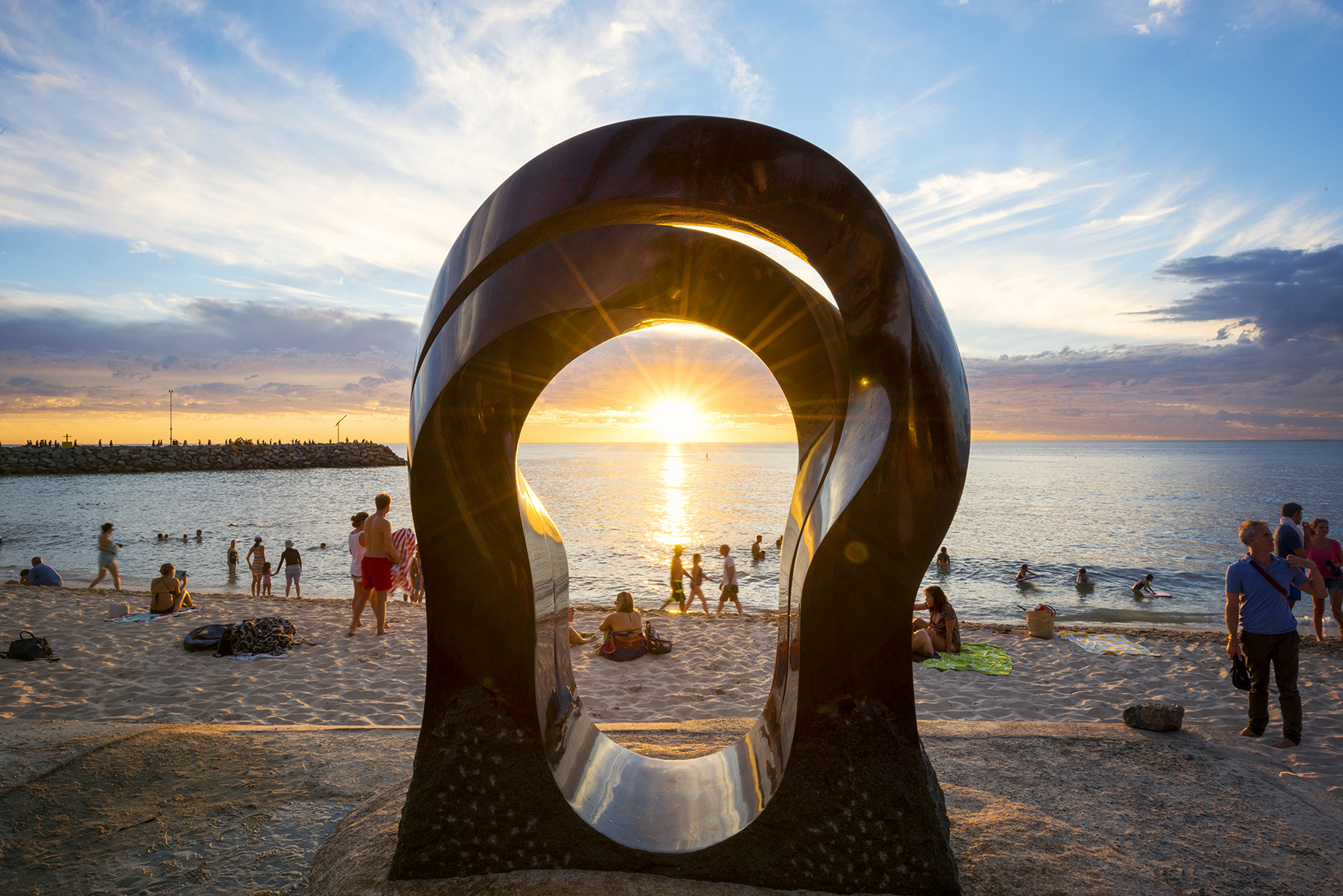Keizo Ushio (Japan), Oushi Zokei Gate to the Beach, Sculpture by the Sea, Cottesloe 2016. Photo Lauren Bath
