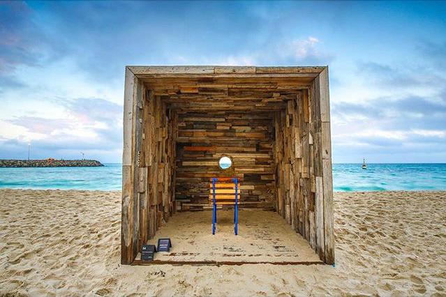 Stuart & Hamish McMillan's, escape, Sculpture by the Sea, Cottesloe 2016. Photo @alvinfutography