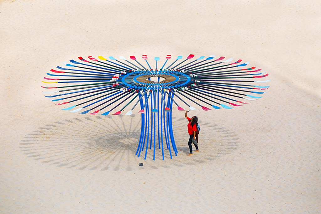 Rebecca Rose, In Awe, Sculpture by the Sea, Bondi 2016. Photo Gareth Carr