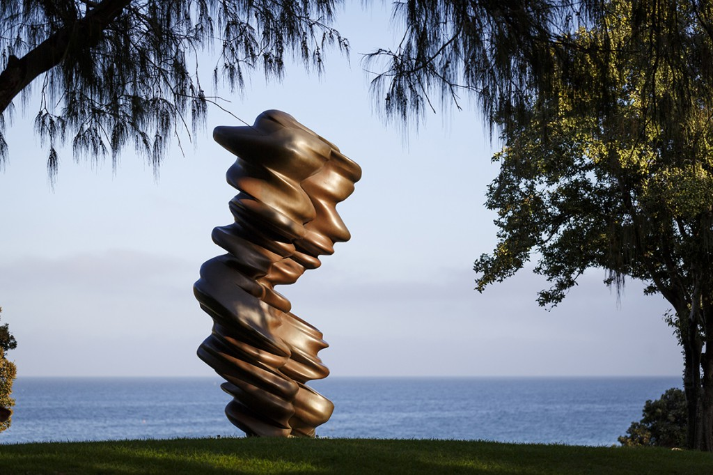 Tony Cragg_Luke_Sculpture by the Sea_Cottesloe 2017_Photo Jessica Wyld Jessica Wyld