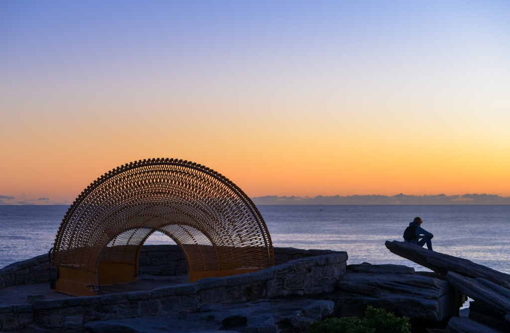 Nicole Larkin, Dynamics in Impermanence, Sculpture by the Sea, Bondi 2016. Photo Clyde Yee.