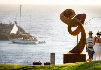 Johannes Pannekoek, Change Ahead II, Sculptures by the Sea, Cottesloe 2017, Ben Reynolds-2