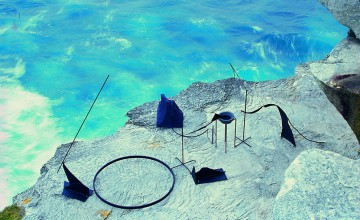 Orest Keywan, With a View, Sculpture by the Sea, Bondi 1999. Clyde Yee