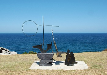 Orest Keywan, ...and with a name to come, Sculpture by the Sea, Bondi 2006. Photo J.Brown