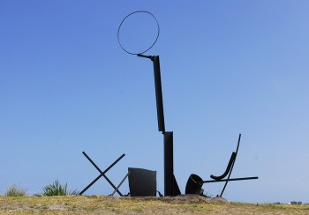 OrestKeywan. time after time,and the water's richer than glass, Sculpture by the Sea, Bondi 2007. JBett