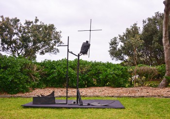 Orest Keywan, Villonaud, Sculpture by the Sea, Bondi 2014. Clyde Yee.